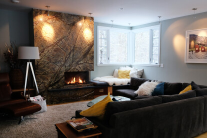 The Bidore 95's corner style and linear fireplace design echoes the corner windows on the north side of the house.