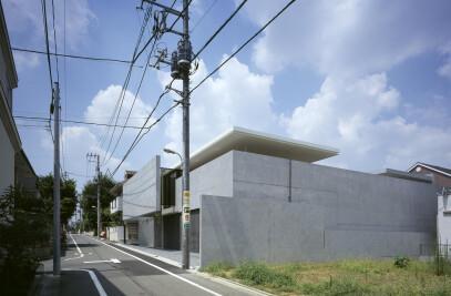 HOUSE IN KAKINOKIZAKA
