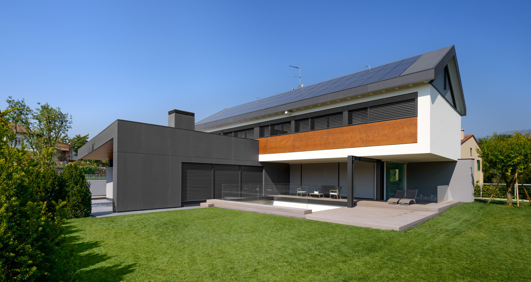 Exterior cladding, private house, Italy
