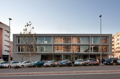 """Centro de Salud """"Poniente Sur"""" en Córdoba"""