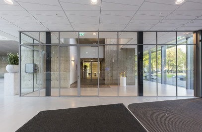 SL30 Steel & Glass Fire resistant system