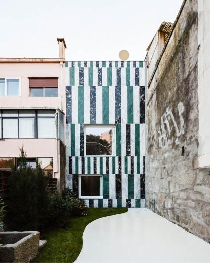 House In Rua Do Paraíso
