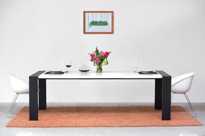 Table inner art610