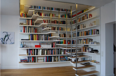 Büchertreppe House