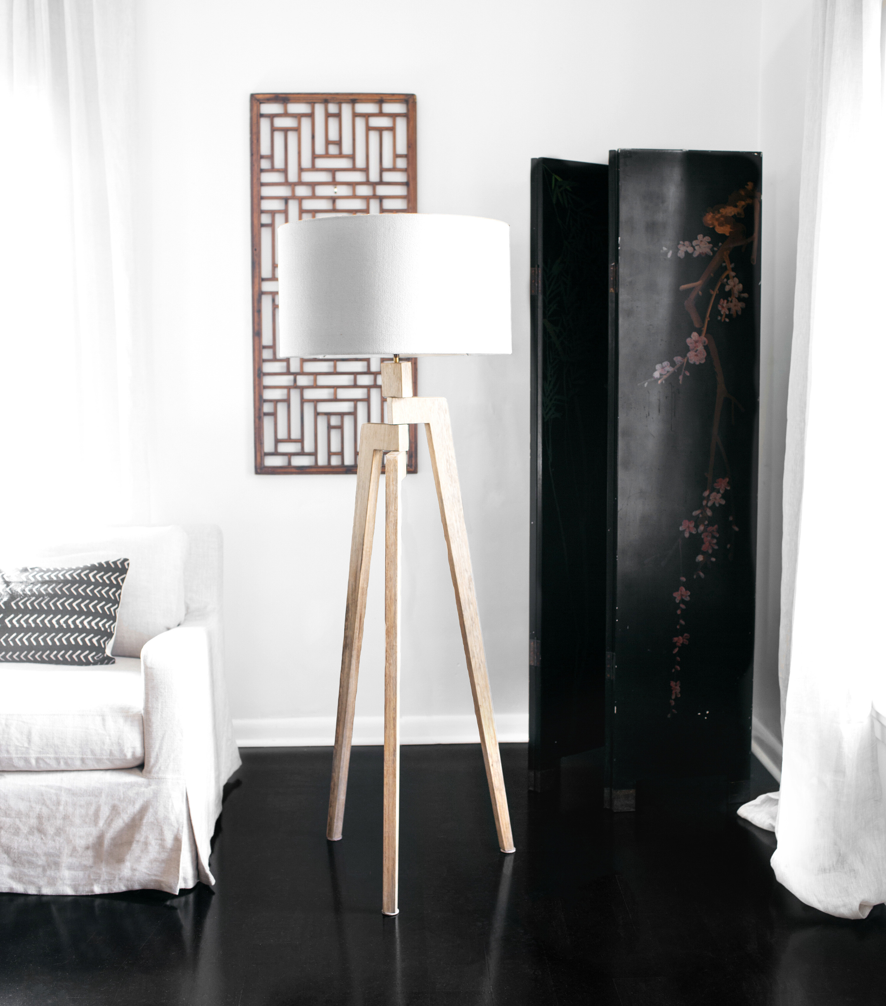 Touba Tripod Floor Lamp