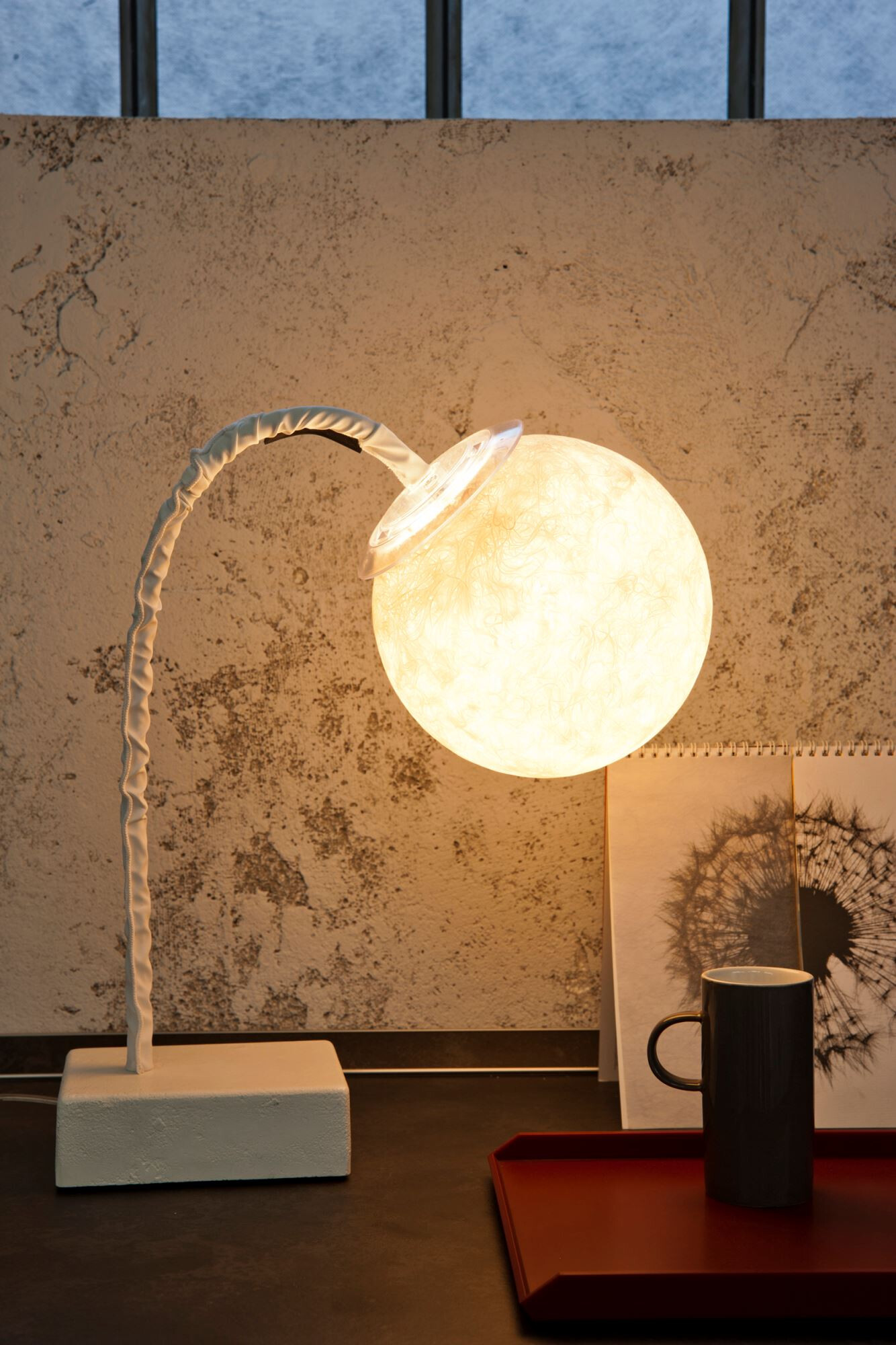 Micro T Luna