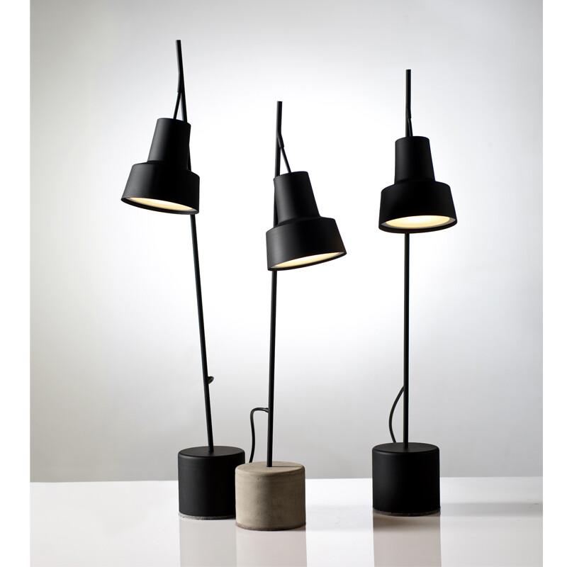 SPOT TABLE LAMPS
