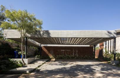 Patios House