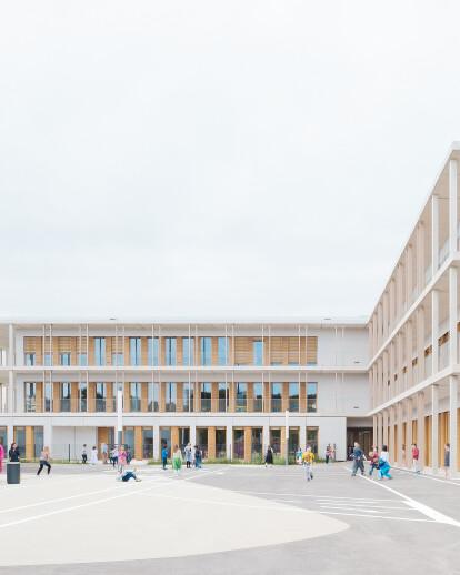 Four primary schools in modular design