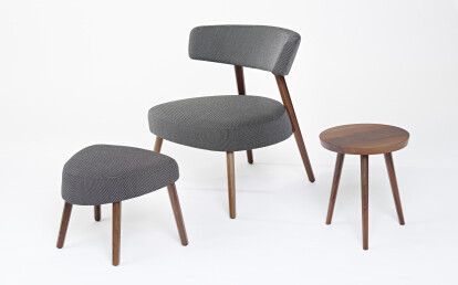 Marlon Lounge Chair & Ottoman with Kvadrat fabric Basel