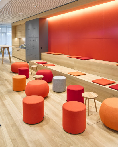Lounge Areas in Office Buildings Basel