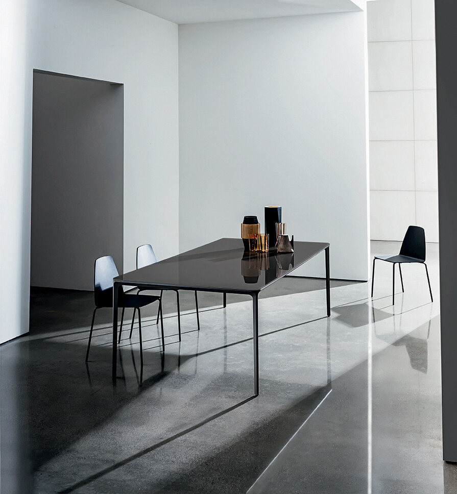 Slim table with glass top