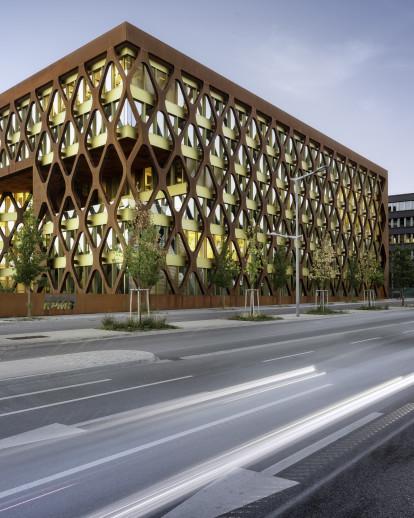 Office Building KPMG