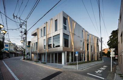 Kugayama South Gate Building