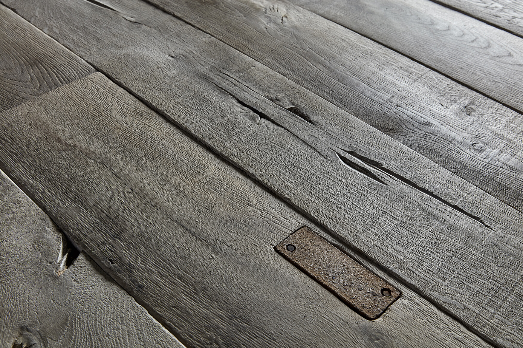 aged oak floors Versailles panel