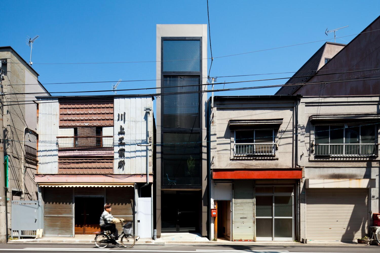 1.8M Width House