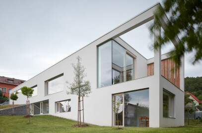 Family House in The Slope