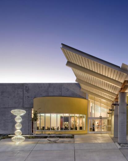 Valley Hi-North Laguna Library