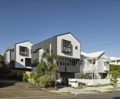 Ensemble of all 5 dwellings