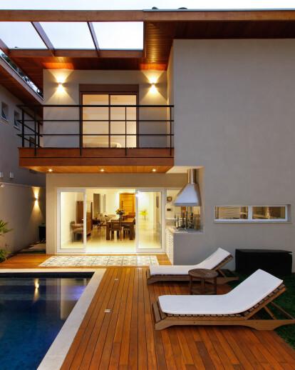 Casa Jardim - Backyard Residence