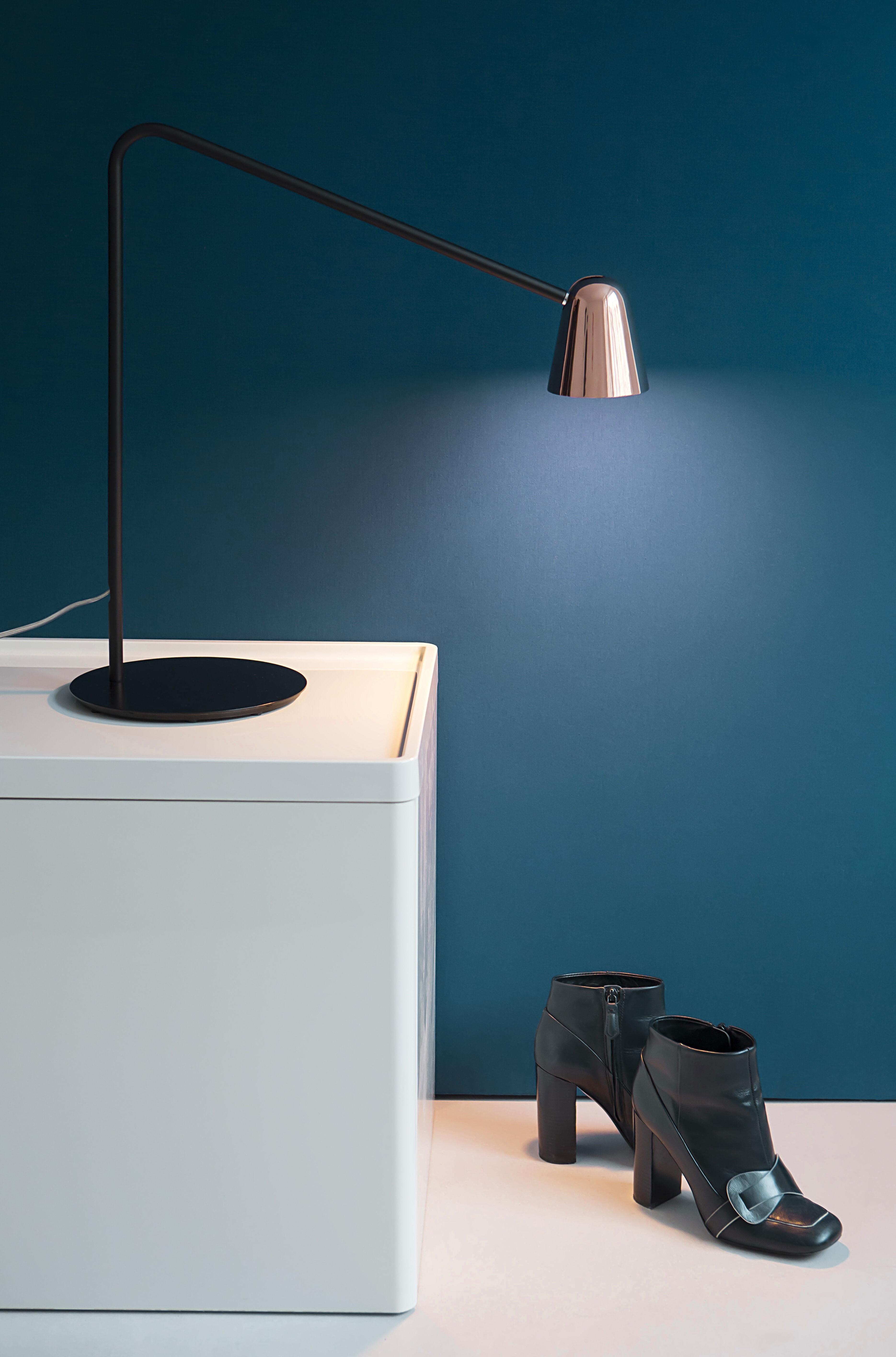 CHAPLIN TABLE Black / Copper