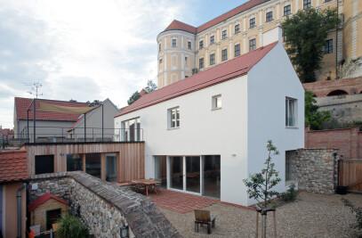 Family House in Zámecká Street