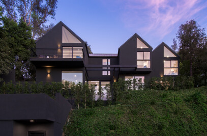 Hollyridge Residence