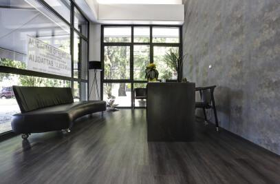 PVC raised floor