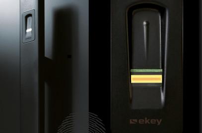 """ekey finger scanner """"arte"""" in black"""