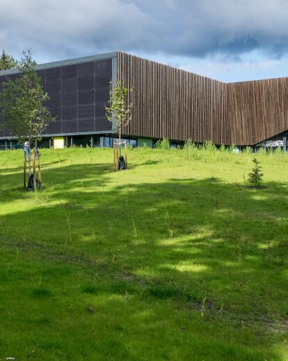 Holmen Aquatics Center