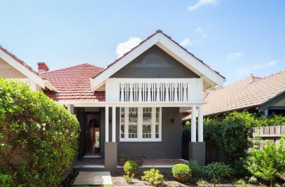 D HOUSE