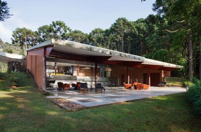 Sapucaí-Mirim Residence