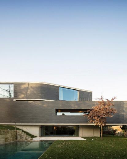 R P F V house