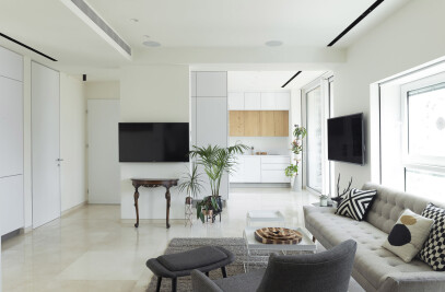 Tel Aviv Beach Apartment