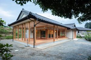 A Long House