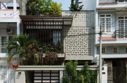 22.HOUSE
