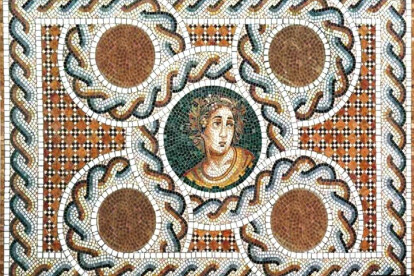 ALEXANDAR - Authentic Handchopped Mosaic