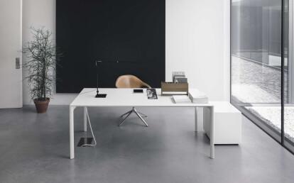 Maki _ Kristalia _ Bartoli Design