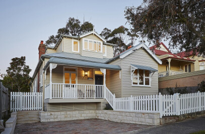 Manly House 03