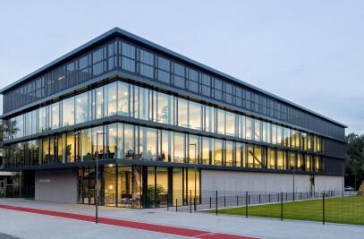 Deltion College – Building Grey