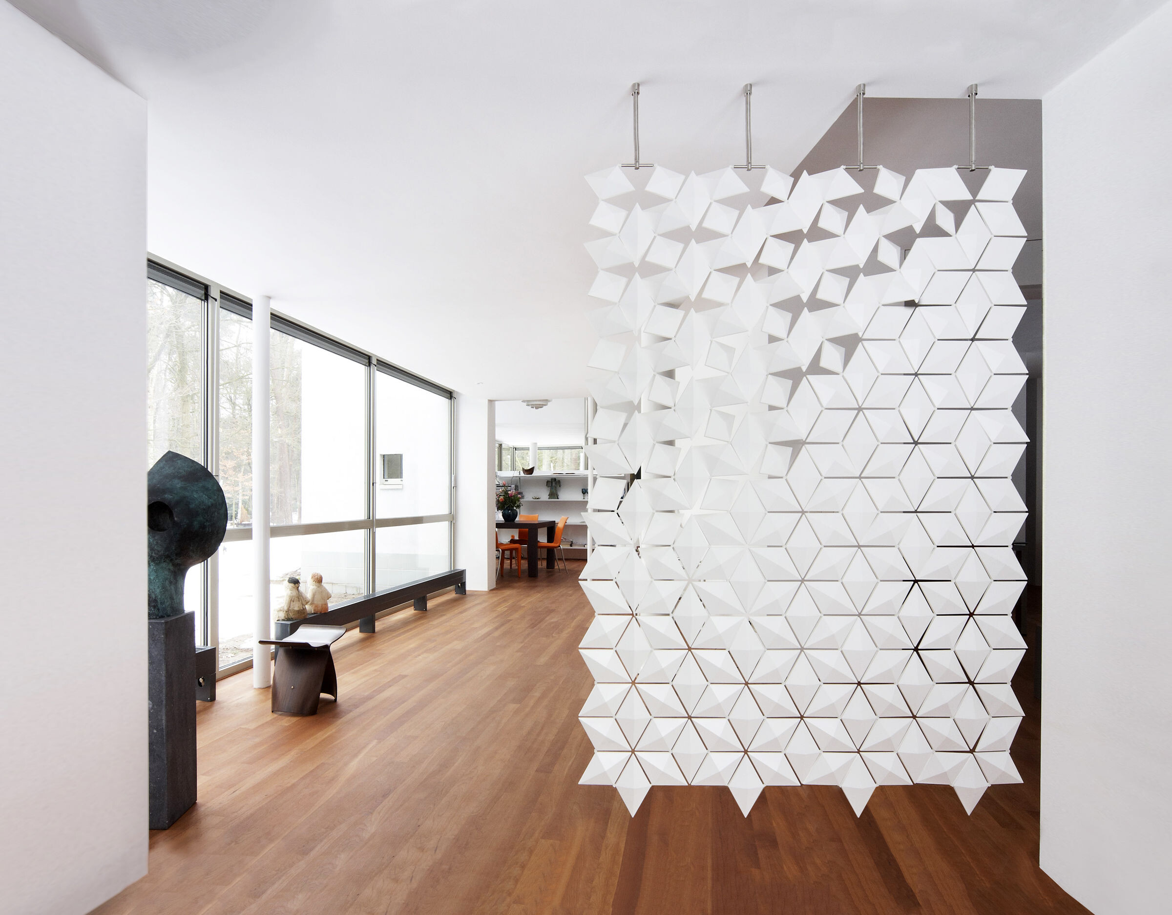 Facet Hanging Room Divider 136x210cm