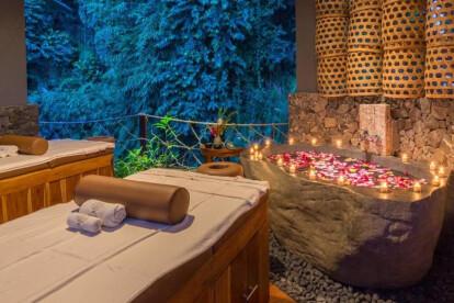 Natural Stone Bathtub - SPA