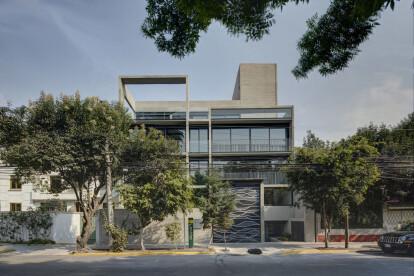 Moliere 91 by Serrano Monjaraz Arquitectos
