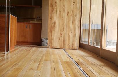 Slidding doors