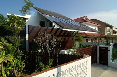 "Jalan Merlimau, ""Kite Roof House"""
