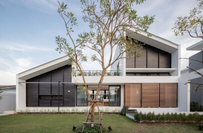 Multiple Courtyard House