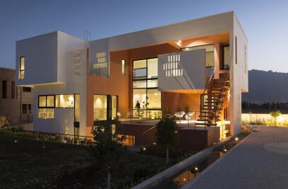 Villa for Anna and Saeed