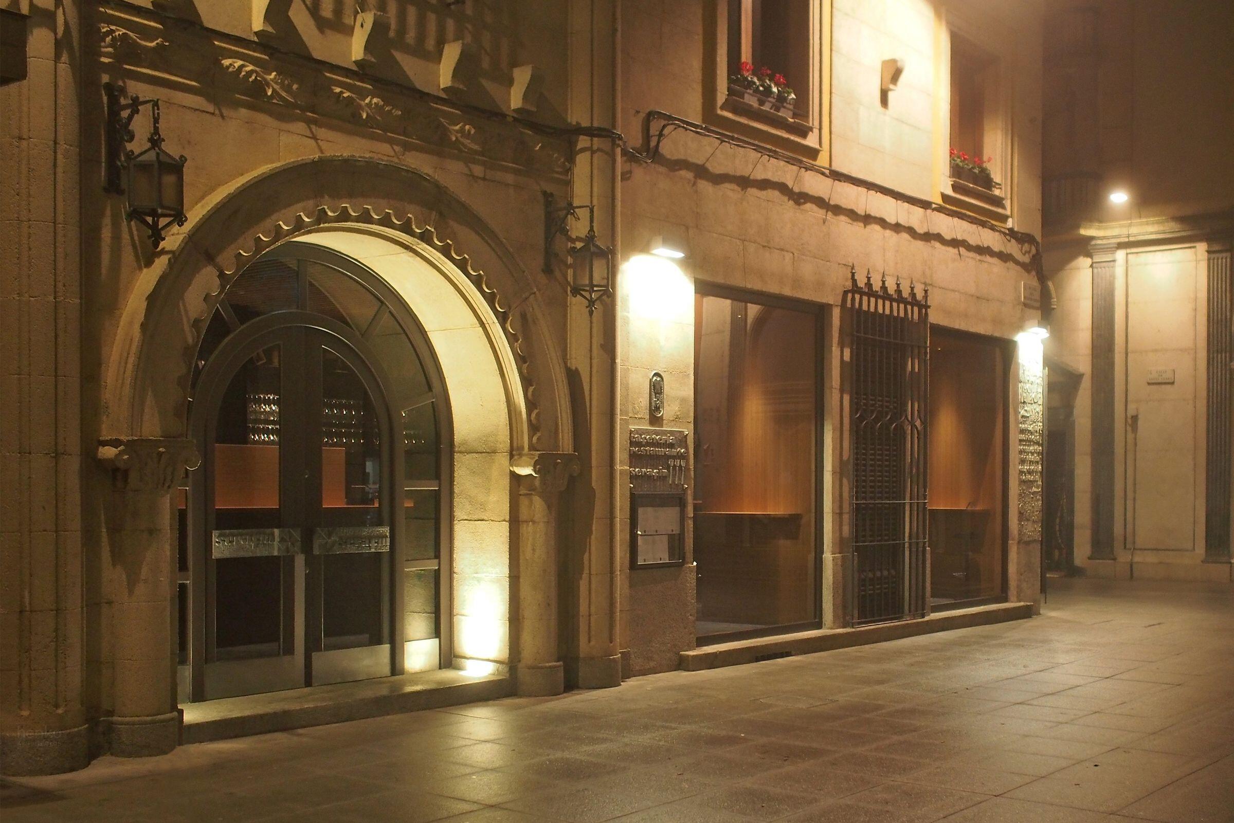 Serafin Restaurant & Café