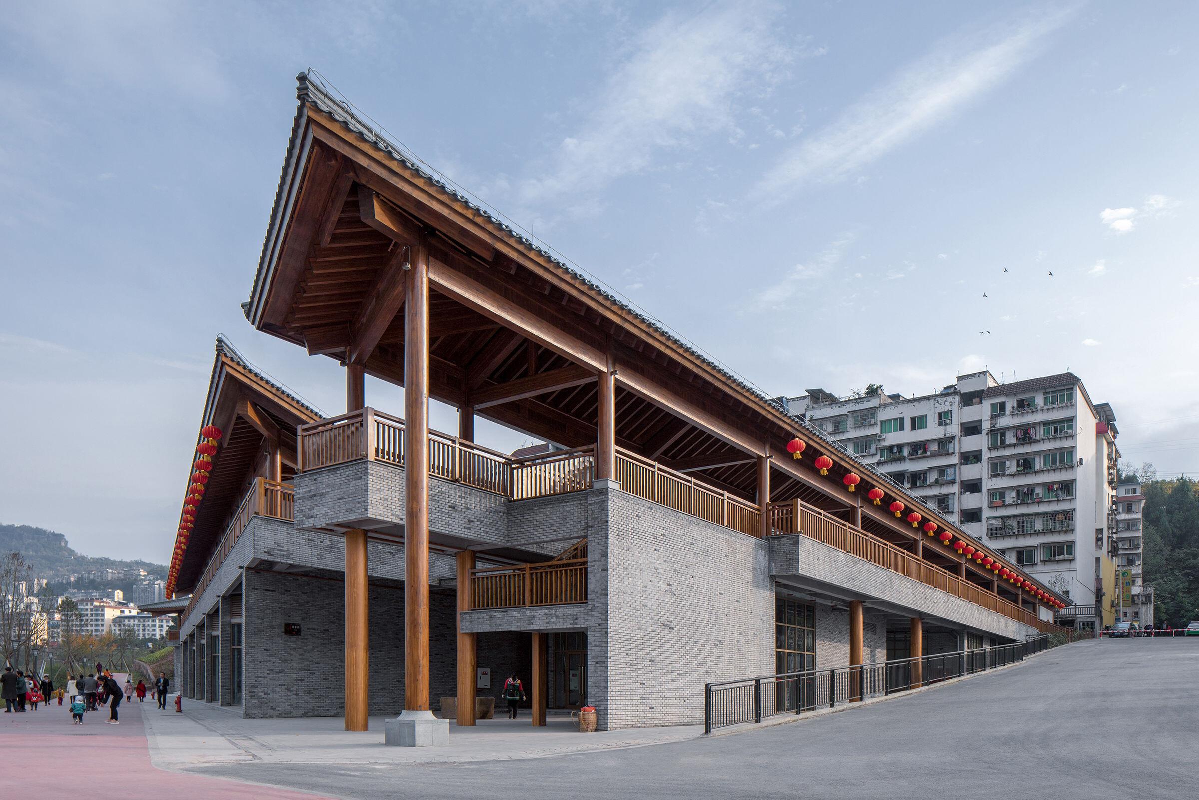 Yunyang Sifangjing Service Building