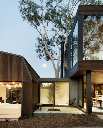 Oak Pass – Guest House